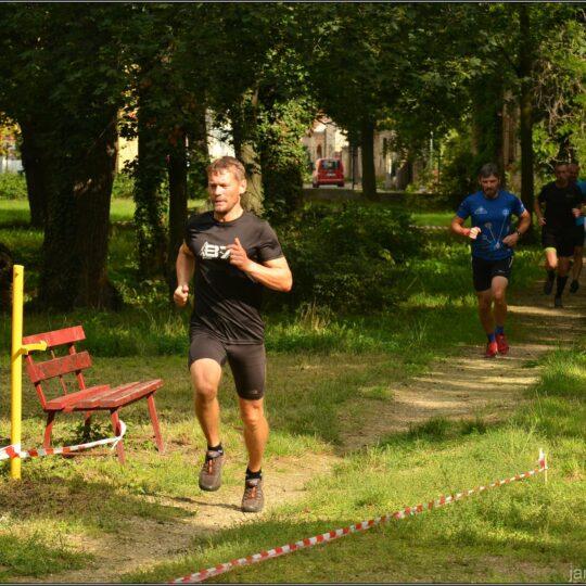 https://jentak-race.cz/wp-content/uploads/2020/09/119243519_129510845533178_1587653778608151406_o-1-540x540.jpg
